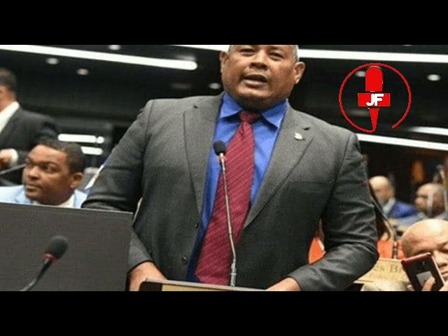 Diputado Héctor Féliz dice está lleno de deudas y llegó en taxi al Congreso