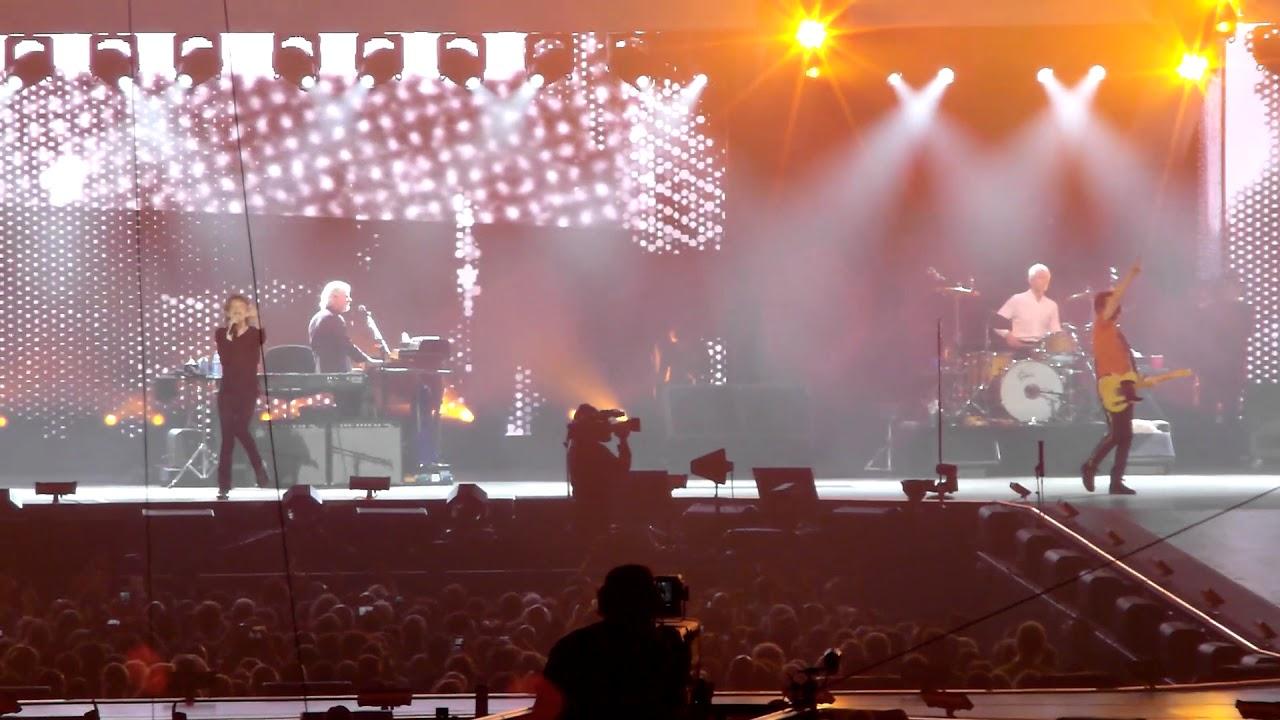 The Rolling Stones - Start Me Up live @ Gelredome, Arnhem