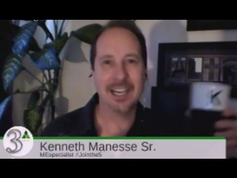 Sales Copy, Growth Hacks, and Hockey Sticks - Kenneth Manesse Sr.