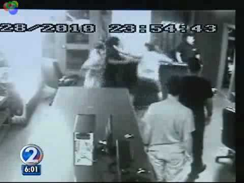 Gamers fight back after robbers target PC Gamerz in Kaneohe.avi