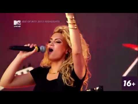 TORI KELLY - Shouldve Been Us  LIVE @ ISLE OF MTV Malta 2015