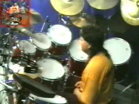 Bubnjar MISKO DJORDJEVIC-Amazing drum solo-Bossa Nova