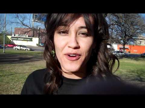 Adriana Lopez invitando al Kalle Block Party #2