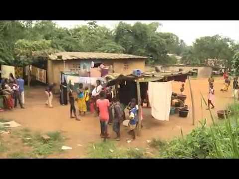 Abidjan dans la commune d'Abobo un garçon de...