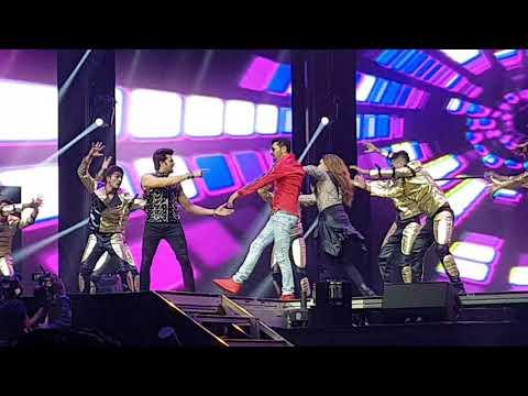 Salman Khan Sonakshi Sinhaja  jacqueline fernandez performance in 02 london part 21/21