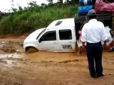 2dc6dda55 Camioneta Dmax 4X4 Enterrada.mp4 - YouTube