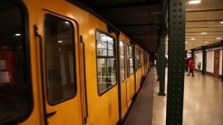 ブダペスト地下鉄1号線 ヴェレシュマルティ広場駅 列車出発その2, Budapest Line1 Vorosmartyter Station deperature 2