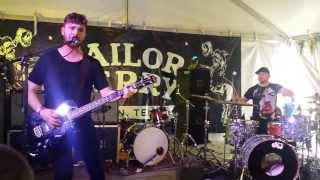 Royal Blood - Out of the Black 3-14-14 (Live) (SXSW)