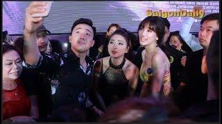 Trấn Thành - Hari Won mê mải tự sướng với Ngô Thanh Vân khi dự công chiếu phim Hai PHượng