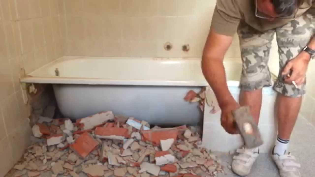 Cambiar ba era por plato de ducha primer paso youtube - Como colocar un plato de ducha de resina ...