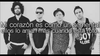 Fall out boy, alone together. | traducida al español | HD