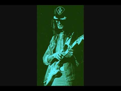 Kim Mitchell - Easy To Tame - Live 2008 in Belleville