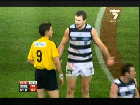 Geelong vs Saints First Final of 2010! (CATS GET ROBBED)