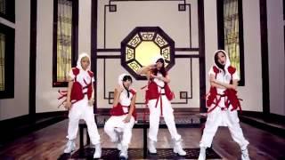 2NE1 -Baksu Chyeo (Clap Your Hands) M/V