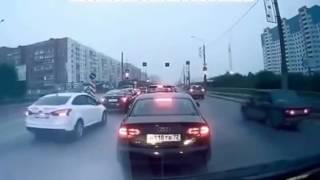 Наглые Кавказцы избивают Русских прямо на дороге