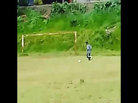 Latihan control ball