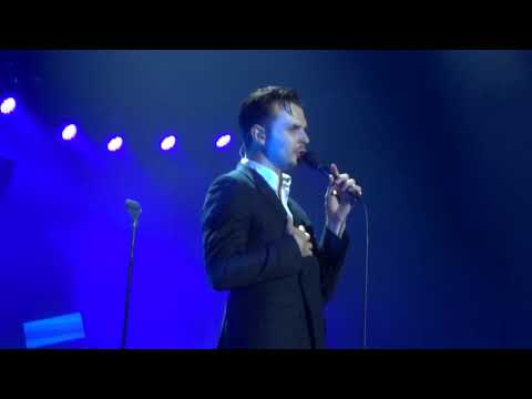 Hurts - Something I Need To Know @ Forum...