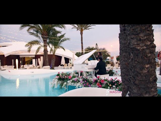 Sia - Chandelier cover Musical Mastia Cantante pop coctel