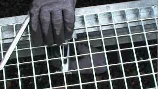 GitterStar Standardbefestigung Agraffe(Standardbefestigung Agraffe für SP- oder P-Roste für Tragstabweite ca. 30mm, Querstabweite min. 27mm (u.a. Teilungen) Стандартное крепление при ..., 2012-12-30T18:52:28.000Z)