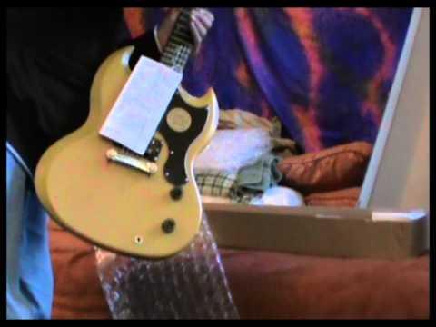 my new epiphone sg jr guitar lsliv21 2012 09 11 youtube. Black Bedroom Furniture Sets. Home Design Ideas