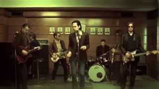 Nick Cave & The Bad Seeds - Fifteen Feet of Pure White Snow [Official]