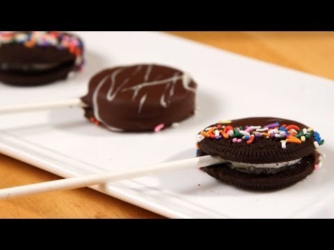 How to Make Chocolate-Covered Oreo Pops | Candy Making