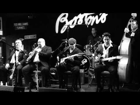 JP Soars and The Red Hots performing Django Reinhardt's Douce Ambiance