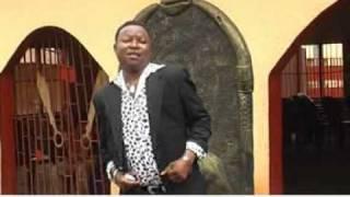 Felix Ugbekile - Wachan ni onye we ihien enya