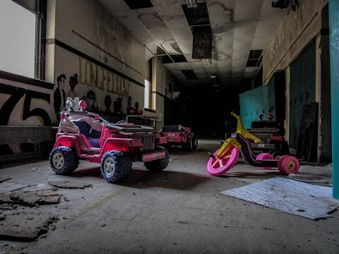 Abandoned Longfellow Junior High School. Flint, MI.