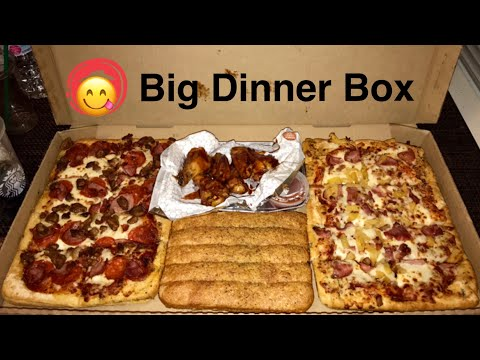Pizza🍕Hut's BIG Dinner Box (Review). It Is So HUGE!