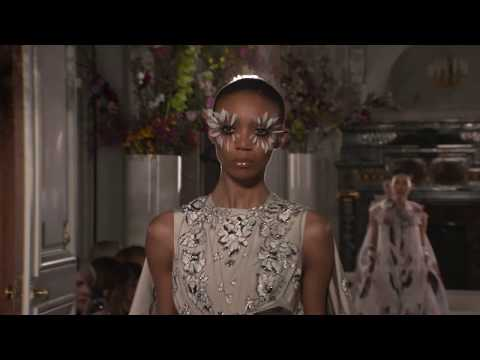 VALENTINO HAUTE COUTURE SPRING/SUMMER 2019 COLLECTION