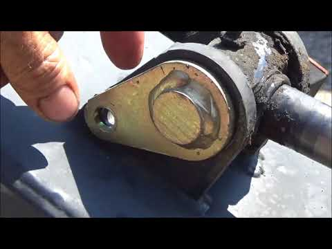 Remove and replace leaking hydraulic cylinders on Bobcat  9/01/17