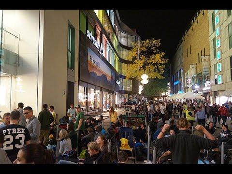 iPhone 6 Addicts @ Apple Store Munich Rosenstraße am Vorabend des Verkaufsstarts