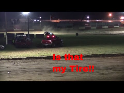 Crash B-Mods Feature Race Monett Motor Speedway 6.16.17