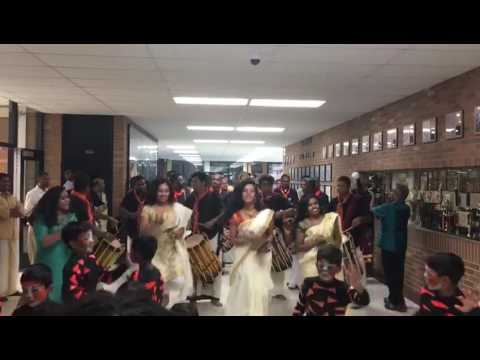 DMA Onam 2016 - Girls dancing with...
