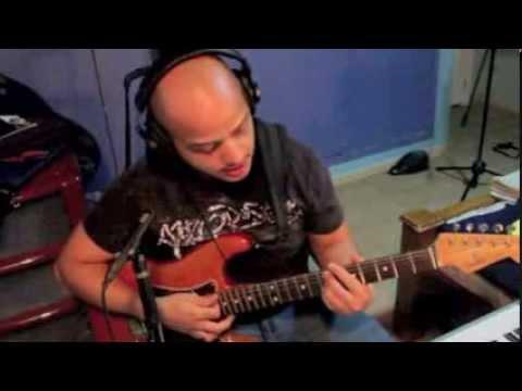 Como hacer una banda. Guitarra.Bajo. Piano. Batería