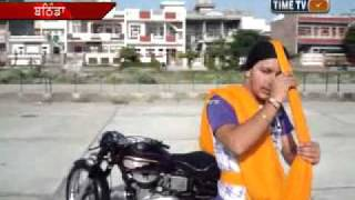 MANJEET SINGH FEROZPURIA TYING TURBAN WITH CLOZED EYES ON MH1 NEWS FOR BEST PUNJAB  NEWS  94635-9540