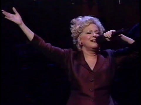 Bette Midler - Wind Beneath My Wings (Live Divine Miss Millenium)