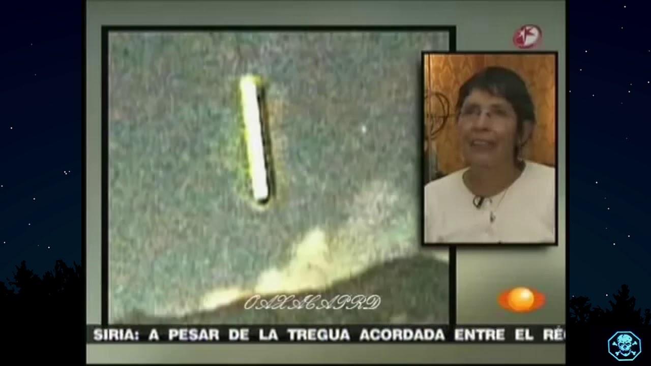 Óvni em forma de cilindro entra em Vulcão Popocatépetl no México