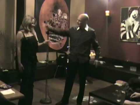 BALDINI MAGIC - SPONGE BALLS/DING DONG ROUTINE - YouTube