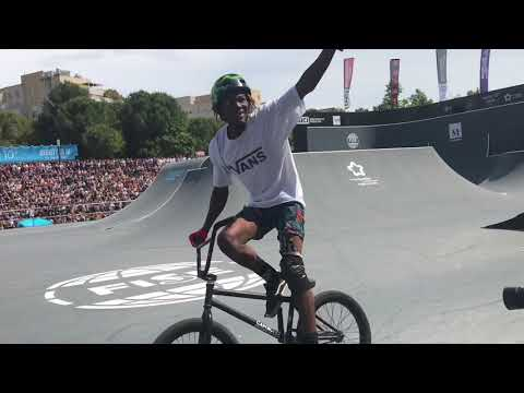 "Bmx Latinos en Francia ""Fise World"""