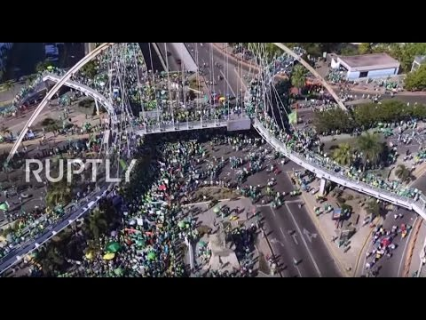 Dominican Republic: Thousands march against corruption in Santo domingo