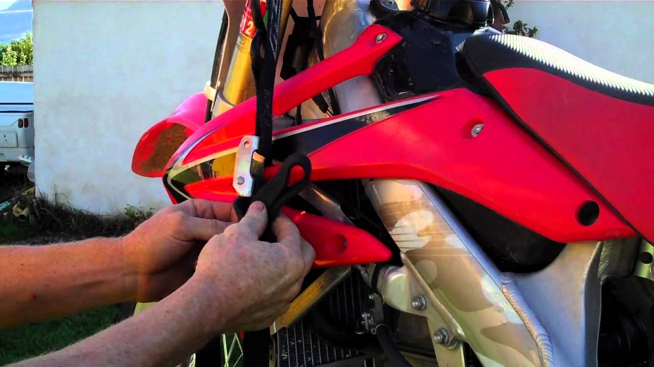 How To Tie Down Your Dirt Bike The Number 4 Knot Youtube