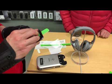 iPhone X Belkin Protector installation in apple store