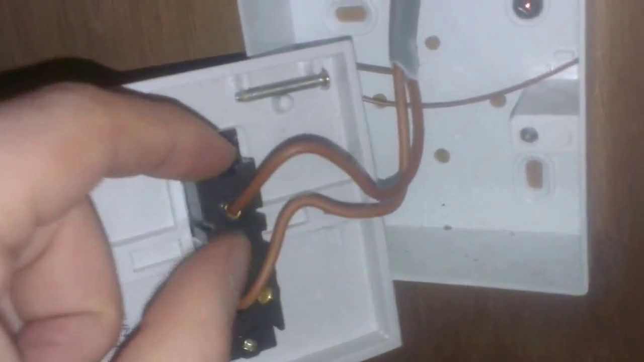 How to Wire A 1 Way Light Switch - YouTube