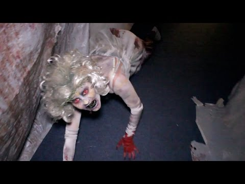 Soulmate Haunted House Maze Walk Through Queen Mary Dark Harbor New for 2014