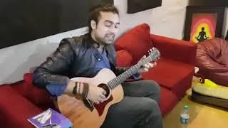 Akh Lad Jaave Acoustic Version LIVE Jubin Nautiyal