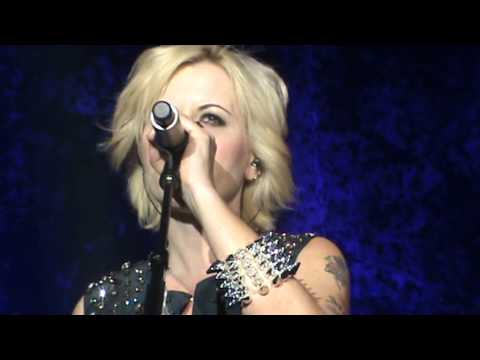 CRANBERRIES - Twenty One [Zurich 07.11.2012]