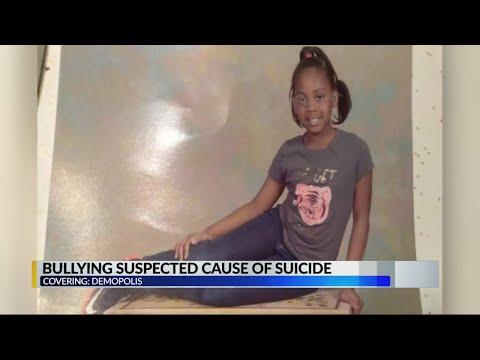 Mother blames bullying for daughters suicide