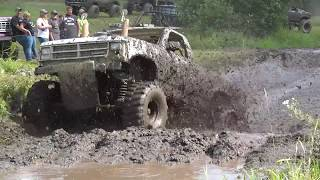 BOUNTY-HOLE MudBog AWESOMENESS small TIRE